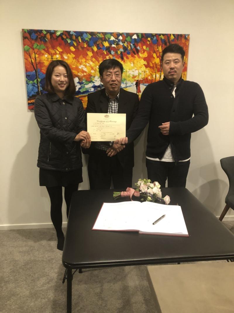 Another pose with Hyeji n Daehoon-min.jpeg